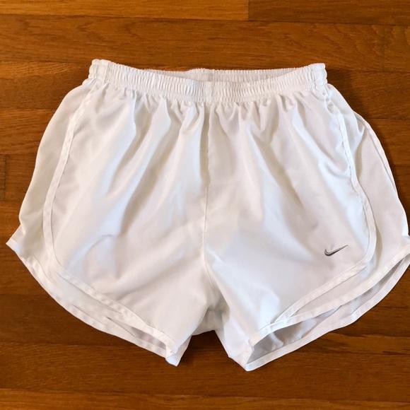 "7154062c408 Nike Women s 3"" Dry Tempo Core Running Shorts. M 5ac79ccb72ea8875d53ba873"